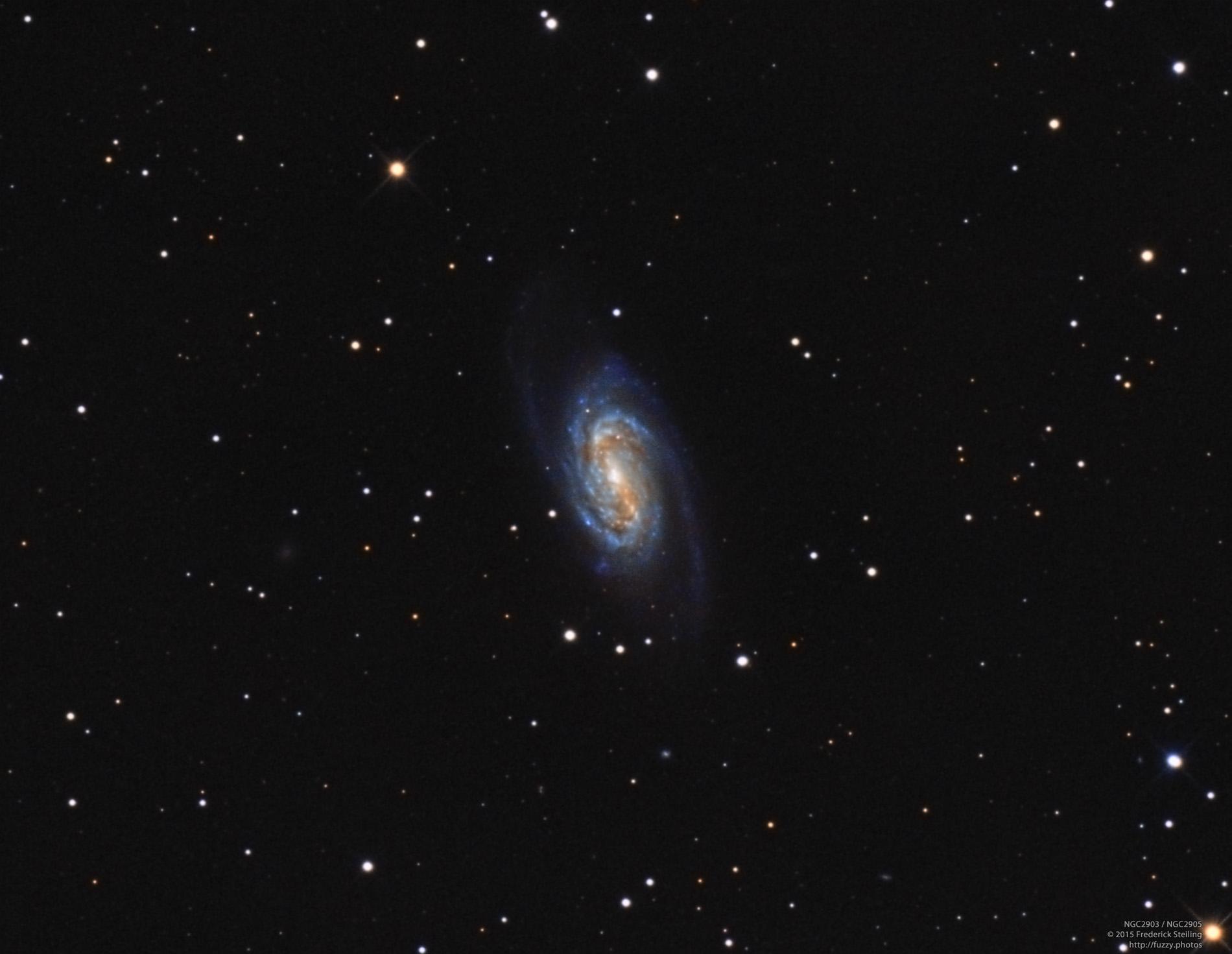 andromeda galaxy through telescope - HD1318×1143